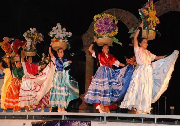 Festeja-el-Ballet-Folclórico-Xiutla-21-años-de-promover-la-cultura-