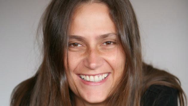 SOLO PERIODISMO: Periodista trabajando como 'masajista erótica'