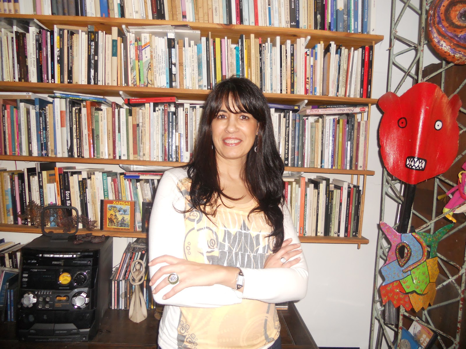 Internacional Microcuentista -: Breve entrevista a Sandra Bianchi
